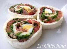 La Chicchina: #Sfoglia di #mozzarella farcita Mozzarella, Pizza, Antipasto, Buffet, Sushi, Picnic, Tacos, Good Food, Appetizers
