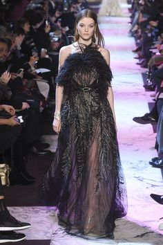 View the full Spring 2018 couture collection from Elie Saab.