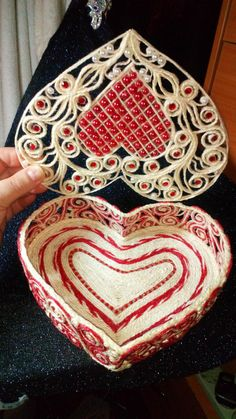 Одноклассники Twine Crafts, Paper Crafts, Quilling, Bobbin Lacemaking, Rope Art, String Art, Polymer Clay, Projects To Try, Wedding Decorations