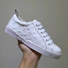 Louis Vuitton Lv woman shoes monogram sneakers