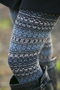 Too Legit to Knit Leggings | White Plum