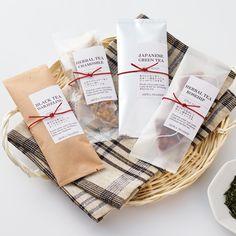 お茶 ハーブティー 紅茶 プチギフト パッケージ Baking Packaging, Pouch Packaging, Cookie Packaging, Food Packaging Design, Coffee Box, Luxury Packaging, Homemade Gifts, Stationary Design, Menu Design