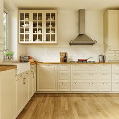 Ikea Bodbyn Kitchen Corona On Behance Ikea Bodbyn Kitchen, Kitchen Cabinets In Bathroom, Kitchen Redo, New Kitchen, Kitchen Remodel, Kitchen Tips, White Ikea Kitchen, Open Plan Kitchen, Country Kitchen