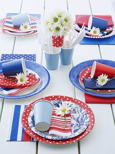 Patriotic Table Setting ~ simply mix and match assorted patterns of paper goods to create a fun festive tablescape