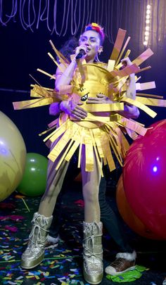 Miley Cyrus is (maybe) the sun while in concert with her Dead Petz in Chicago.