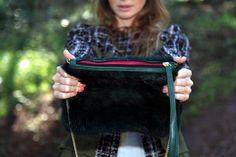 Shabama Green Handbag http://shabama.es/2013/02/06/jeans-shabama-handbag-green/