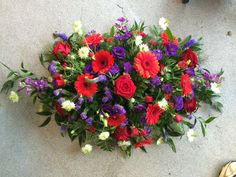 Red and purple coffin spray Casket Sprays, Funeral Flowers, Coffin, Red Roses, Floral Wreath, Valentines, Wreaths, Mom, Purple