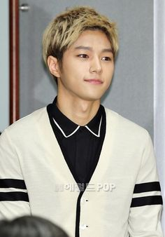 [NEWS PIC] 140915 SBS My Lovely Girl Press Conference - #인피니트 Myungsoo #3 pic.twitter.com/PjSci1GIox