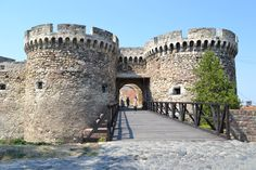 Kalemegdan, Belgrad, Serbia Belgrade Fortress, Places In Europe, Pisa, Beautiful Places, Heaven, Tower, Mansions, House Styles, Building