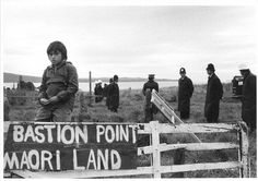 Capturing conflict: Robin Morrison, photo at Bastion Pt 1978 Nz History, Women In History, Polynesian People, West Papua, National Symbols, Maori Art, Memorial Museum, Documentary Photographers, One In A Million