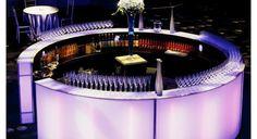 round LED Bar design for centre of room Cafe Bar, Mykonos, Pool Side Bar, Havana Nights Party, Container Bar, Led Furniture, Furniture Stores, Circle Bar, Brunch Bar