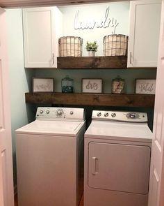 Below are the Farmhouse Laundry Room Storage Decoration Ideas. This post about Farmhouse Laundry Room Storage Decoration Ideas was posted … Rustic Laundry Rooms, Small Laundry Rooms, Laundry Room Organization, Laundry Room Design, Laundry Decor, Bathroom Small, Laundry Closet Makeover, Laundry Organizer, Laundry Area