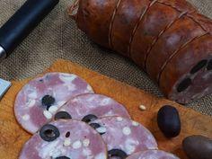 Рецепт ветчины с маслинами и орехами