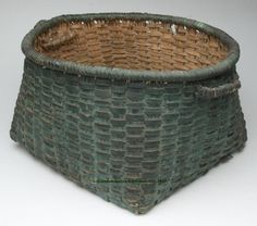 VIRGINIA GREEN PAINTED WHITE OAK SPLINT BASKET