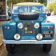 Land Rover 88 Serie II A soft top. Spectacular.