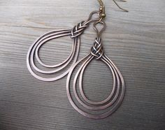 wire wrapped earring / copper wire jewelry / wire wrapped jewelry handmade / wire wrap one of a kind / celtic knot earrings by fancyyoudesigns on Etsy https://www.etsy.com/listing/455540780/wire-wrapped-earring-copper-wire-jewelry