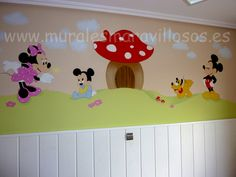 Murales infantiles Mickey, Minnie, Pluto bebés con seta roja Hello Kitty, Baby Disney, Mickey Mouse, Home Decor, Home, Kids Rooms, Decoration Home, Room Decor, Home Interior Design