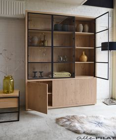 Living Room Storage, Storage Spaces, Display Shelves, Shelving, Lounge Seating, Interior Exterior, Dining Room Design, Living Spaces, Sweet Home