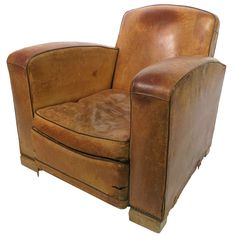 Leather club chairs seem to be important when you want to establish a club. The club will not be comfortable without good decorations Leather Club Chairs, Hooker Furniture, Leather Ottoman, Wing Chair, Tub Chair, Beautiful Homes, Accent Chairs, Armchair, House Design