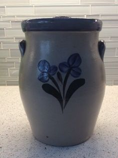 Rowe Pottery Works Salt Glazed Flower Canister With Lid Blue 1998 3 Quart 12 Cup