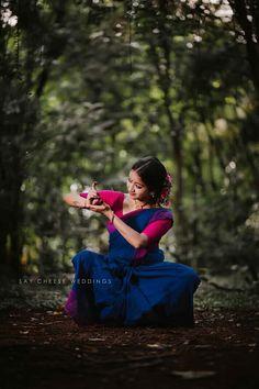 Dancer Photography, Fashion Photography, Girl In Rain, Dance Photo Shoot, Indian Classical Dance, Kerala Saree, Indian Photoshoot, Beautiful Nature Wallpaper, Real Beauty