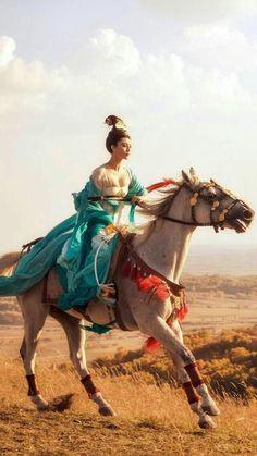 "Chinese actor, Fan Bingbing interpretation of ""Yang"" New Chinese, Chinese Culture, Chinese Art, Chinese Style, The Empress Of China, Fan Bingbing, Chinese Martial Arts, Martial Arts Movies, Chinese Movies"
