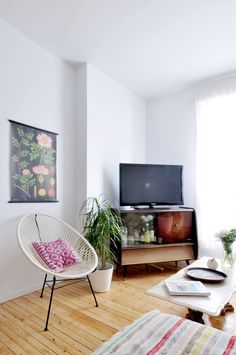 Julia & Bruno's Colorful and Airy Home