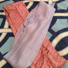 """Vineyard vines Silk sash bundle two printed silk sashes with classic VV patterns. Great as belts! Holiday Note - all items guaranteed to ship day after purchase! (If purchased on weekend, subject to postal service ability)      Seller takes comments and questions in comment section, offers only in the """"Make an Offer"""" Feature Vineyard Vines Accessories Belts"""