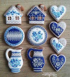 ideas for cupcakes decoration vintage decorated cookies Fancy Cookies, Iced Cookies, Cute Cookies, Cupcake Cookies, Sugar Cookies, Cookie Icing, Royal Icing Cookies, Fun Cupcakes, Cookie Designs