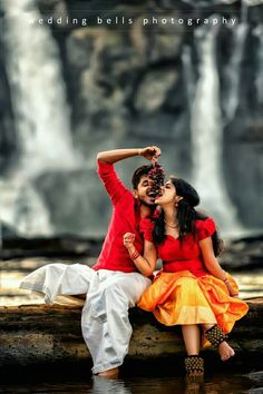 Pre Wedding Poses, Pre Wedding Photoshoot, Romantic Photos, Romantic Couples, Cute Love Pictures, Bear Pictures, Blur Background In Photoshop, Indian Photoshoot, Couple Photography Poses