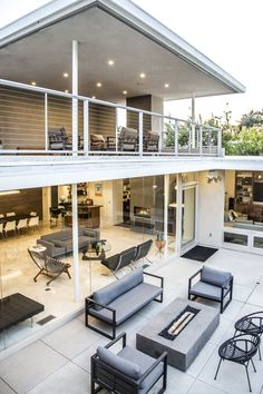 Mid Century Modern Residence in Pasadena.