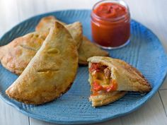 Easy Fathers Day Recipes + Cocktails : Pizza Hand Pies