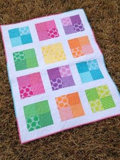 Happy Squares Four Patch Quilt by CelesteCreates on Etsy Quilt Baby, Baby Quilt Patterns, Lap Quilts, Scrappy Quilts, Small Quilts, Baby Quilts Easy, Mini Quilts, Charm Pack Quilts, Charm Quilt