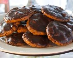 """You're sure to earn some """"brownie points"""" with these chocolatey delights! The outside of these cookies are crispy while the inside is soft and chewy. With pecan pieces throughout - plus a rich chocolate glaze - these cookies are truly decadent. Brownie Cookies, Cookie Bars, Chocolate Glaze, Brownie Recipes, Pecan, Brownie Points, Christmas Cookies, Muffin, Breakfast"""
