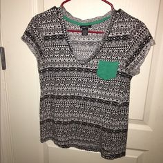 Rue 21 shirt. Only worn a hand full of times. Feel free to make me an offer. Rue 21 Tops Tees - Short Sleeve