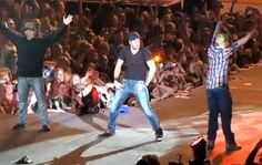 Video: Luke Bryan Teaching A Couple Of Long Island Country Boys How To Shake It.  Warning – some of the language is NSFW.