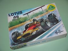 Graham Hill, Lotus 49B, 1:24 kit by HELLER