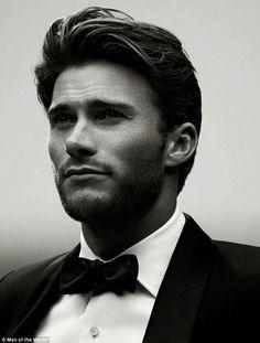 Scott eastwood en costar cravate!