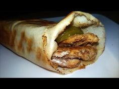 Let me take you to the exotics flavors of the oriental middle eastern food with this great recipe for chicken shawarma.