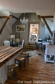 the poor sophisticate: Dining Room Transformation in a rental. Frugal ideas!