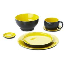STACKABLE DINNER SET FOR ONE