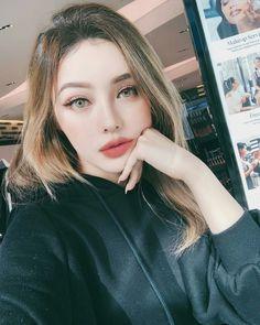 pony park hye min make up 🙄😘 Korean Makeup Look, Asian Makeup, Korean Beauty, Asian Beauty, Pony Korean, Pony Makeup, Night Makeup, Cute Korean Girl, Stylish Girl Pic