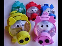 Water bottle piggy banks - need to translate. Soda Bottle Crafts, Plastic Bottle Crafts, Recycle Plastic Bottles, Diy Craft Projects, Diy And Crafts, Crafts For Kids, Paper Crafts, Easy Christmas Crafts, Summer Crafts