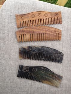 Hey, I found this really awesome Etsy listing at https://www.etsy.com/listing/178684107/viking-age-comb-antler-and-wood