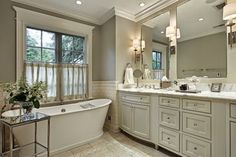 Bathroom Trends: What's In and Out for 2015. http://homechanneltv.blogspot.com/2015/02/bathroom-trends-whats-in-and-out-for.html