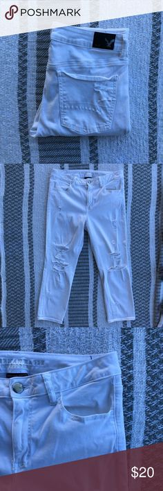 || American Eagle Outfitters || White Jeans || Details || White cropped and distressed super stretch jeans. They came distressed, but I added a couple more spots.  || Condition || Gently loved. Like new condition.   Offers welcome. 🌿 American Eagle Outfitters Jeans Ankle & Cropped