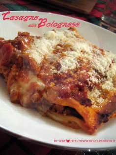 lasagne-alla-bolognese / lasagna bolognese