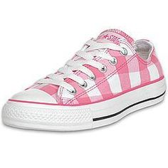 eeepppp. Love these! Their pink and Converse. Swoon.