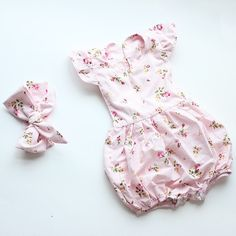 f6eae45f7fd1 newborn baby boutique vintage floral romper jumpsuit Girl Bloomer Ruffle  Romper Kids clothes matched headband
