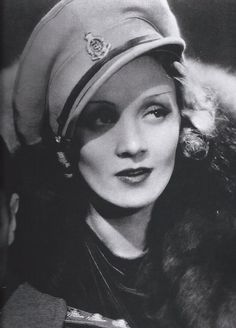 Marlene Dietrich in Shanghai Express, 1932. S)